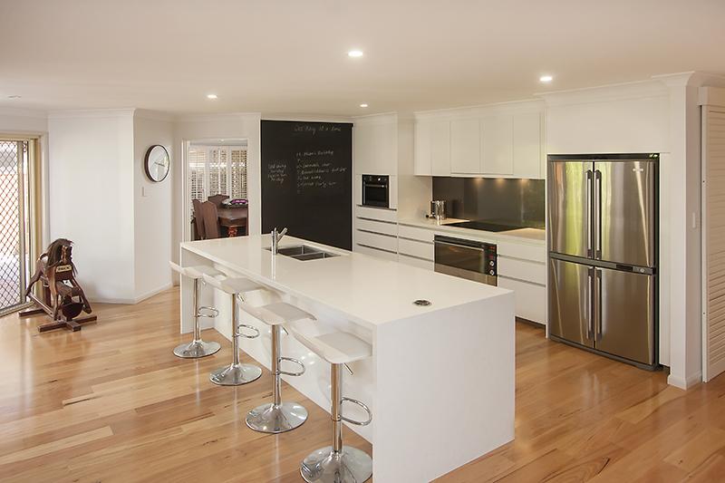 Awe Inspiring Daniels Kitchens Manly West Kitchen Bouwens Inzonedesignstudio Interior Chair Design Inzonedesignstudiocom